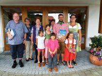 Gästeehrung am 9.8.2017, 10. Aufenthalt von Fam. Renner bei Nigg Hannelore, 10. Aufenthalt von Gerlinde und Hans-Jürgen Kniese bei Schweinberg Berta.