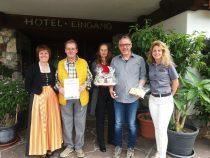 Gästeehrung am 23.05.2018, 20 Aufenthalt von Familie Beckers im Burghotel Bären.