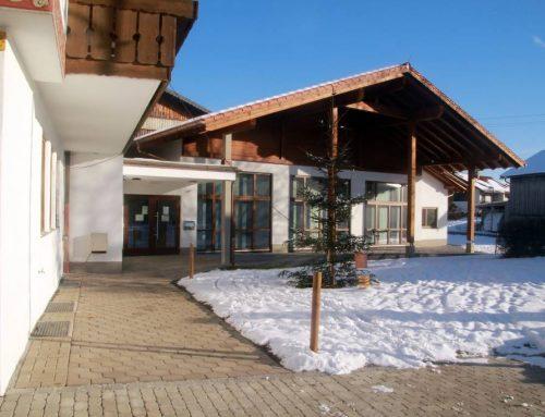 Zugang zum Dorfgemeinschaftshaus in Zell ist jetzt gepflastert