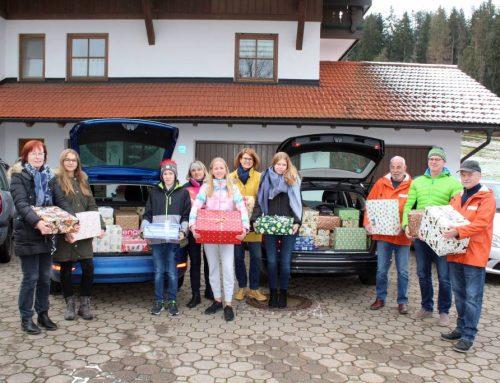 106 Pakete aus Eisenberg für die Füssener Tafel