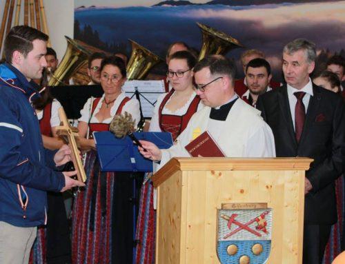 Weihe des Dorfgemeinschaftshauses    Großer Festtag für die Gemeinde